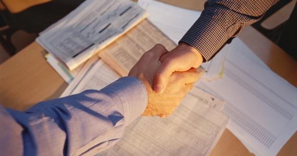 Визирование каждой страницы договора