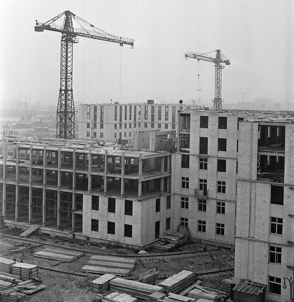История индустриального домостроения: эксперименты с каркасом и ...